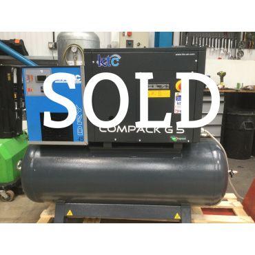 Reconditioned KTC 5.5kw 21cfm @ 10 Bar 415 Volt Tank-Dryer Mounted 200L